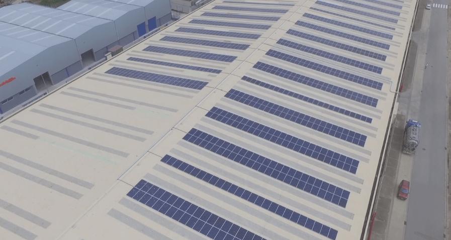 Instal·lem per a l'empresa MAFESA un projecte solar promogut per la comercialitzadora Estabanell Energia de 1.164 panells